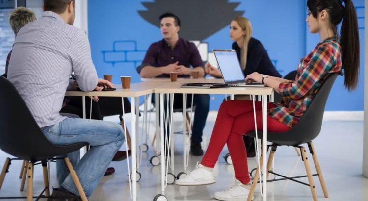 Estética e profissionalismo: como definir as cores do escritório