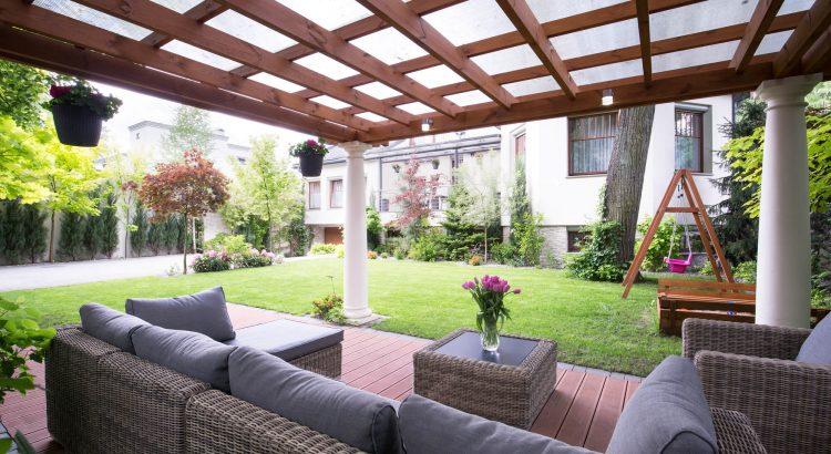 Jardim particular: 4 dicas para utilizar essa tendência em imóveis