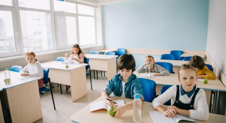 pisos-vinilicos-para-escolas
