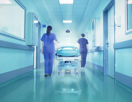 Qual o tipo de piso ideal pra hospitais?